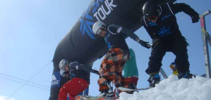 Tom at the start of the Snowboard cross British Championships